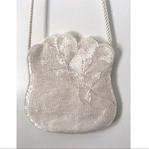 VINTAGE Jeromes white beaded crossbody bag